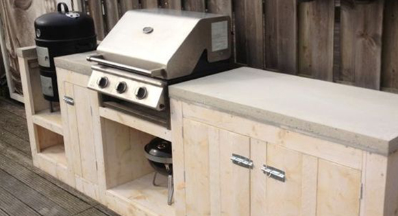 cuisine-plein-aire-bois